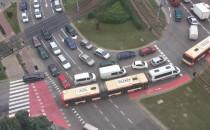 Autobus blokuje przejazd