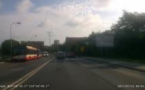 Zepsuty autobus na początku Traktu św....