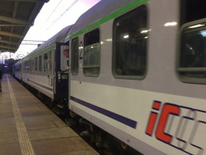 Odjazd feralnego pociągu ze stacji w Sopocie
