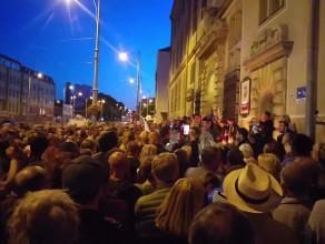 Protest przeciwko ustawie o sądownictwie
