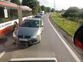 Awaria autobusu na nitce do Pruszcza