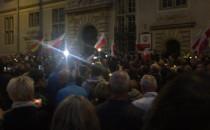 Tłumy uczestniczący w proteście w Gdansku