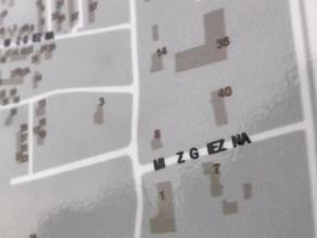 Kuriozalna mapa przy dworcu PKP w Osowie