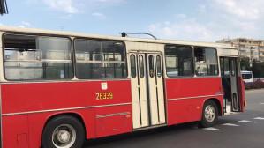 Ikarus jedzie po młodą parę w Gdyni