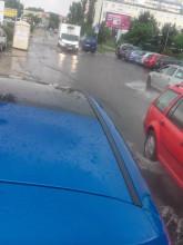 Stojąca woda na ul. Dąbrowszczaków