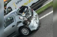 Skutki wypadku na obwodnicy na wysokości Matarni