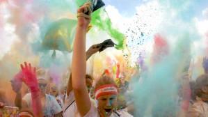Tysiące kolorowych biegaczy