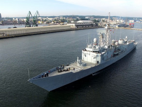 Polskie okręty widziane z drona