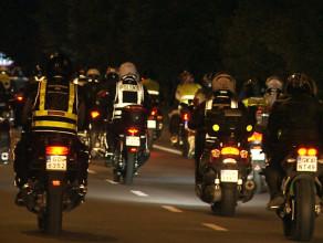 Nocna parada motocyklistów w Gdańsku