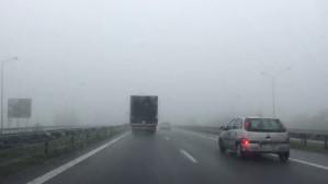 Ograniczona widoczność na obwodnicy z powodu mgły