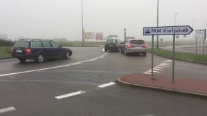 Kłopoty kierowców na rondzie w Kiełpinku