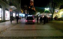 Samochód na Monciaku