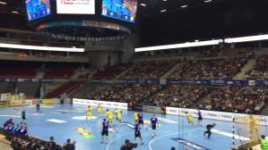 Około 3 tys widzów na trybunach Ergo Areny na meczy Wybrzeża