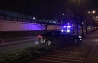 Policja, auto i korek na Chełmie