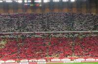 Hymn i kartoniada przed meczem Polska - Meksyk