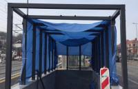 Wiaty nad zejściami na przystanek Gdańsk-Śródmieście