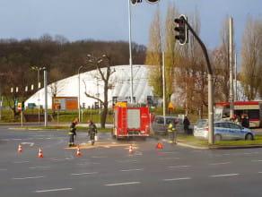 Zderzenie trzech aut przy Placu Zebrań Ludowych