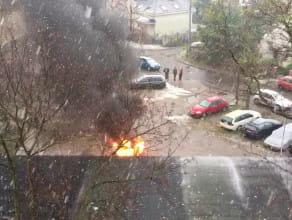 Spłonęło auto na Wejhera
