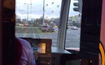 Skutki zderzenia samochodu z tramwajem na...