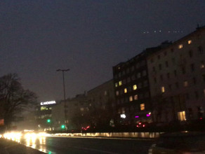 Dawno po zachodzie słońca, a  Gdynia jest nieoświetlona