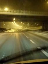 Nocne opady śniegu na A1