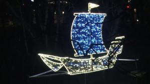 Iluminacja rozbłysła w Parku Oliwskim