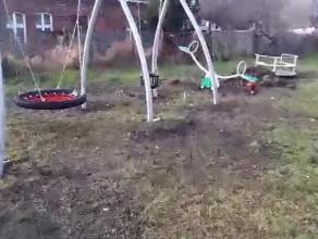 Plac zabaw w tragicznym stanie