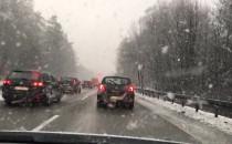 Śnieżyca i ścisk na obwodnicy