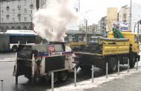 Łatają dziury przy dworcu w Gdyni