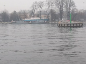Gdyński port we mgle