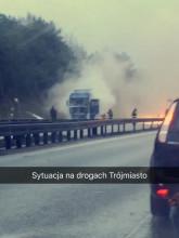 Pożar ciężarówki na obwodnicy w stronę Gdyni