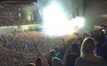 Tak się bawią fani na koncercie Depeche...