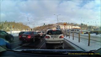 Tym razem tramwaj na czerwonym przez Łostowicką