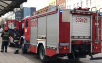Trzy wozy strażackie pod szpitalem...
