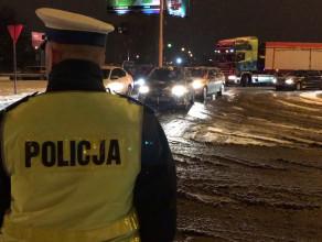 Policja zamknęła wjazd na obwodnicę ciężarówkom