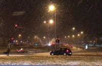 Noga z gazu, bo pada śnieg. Opady na Ujeścisku
