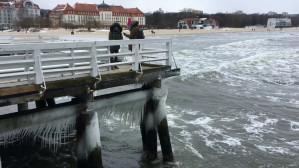 Sztormowa pogoda nad morzem - Sopot