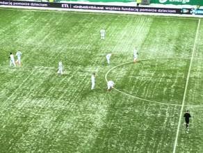 Lechia - Termalica: zimowa aura podczas meczu