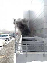 Pożar na parkingu w Galerii Morena