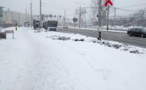 Zima w Gdyni nie odpuszcza. Ale samochodów...