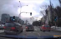 Niebezpieczny manewr kierowcy taksówki