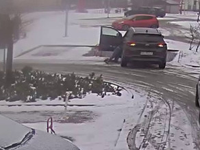 Niebezpieczna sytuacja na parkingu w Kowalach