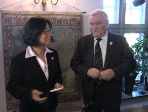 Spotkanie Lecha Wałęsy z chińską opozycjonistką