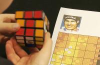 Ułożyli portret Kamila Stocha z kostek Rubika