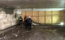 Prace w tunelu pod peronem 2 na stacji...