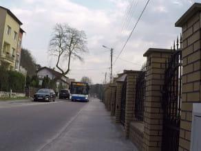 Część mieszkańców chce ograniczyć parkowanie na ul. Demptowskiej