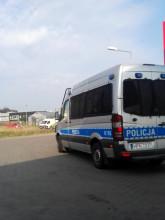 Policja na stacji benzynowej