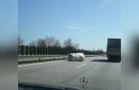 Ciężarówka zgubiła ładunek na Obwodnicy