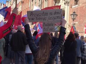 Antyfaszystowska manifestacja na Długiej