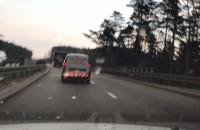 Transport ponadgabarytowy jedzie po Estakadzie